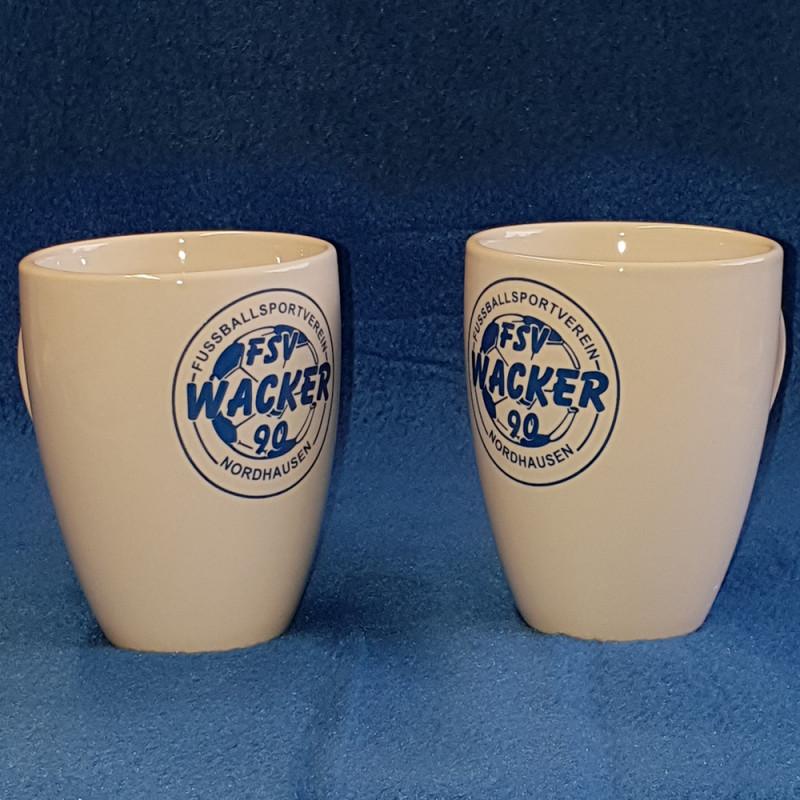 2 Keramikbecher mit Wackerlogo als Set-Copy